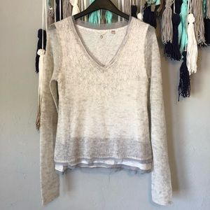 Anthropologie - Knitted & Knotted light sweater